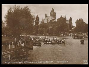 Boating in Stratford